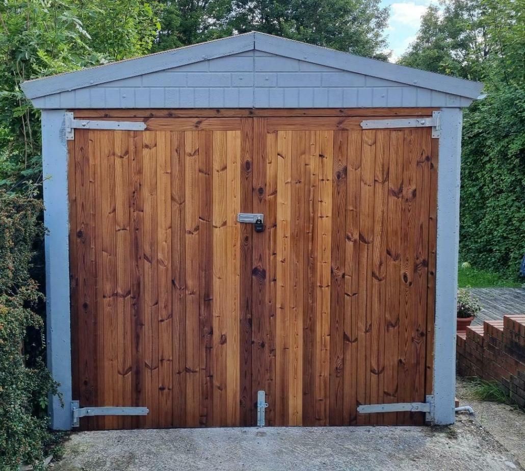 Thermowood Leighton Garage Doors